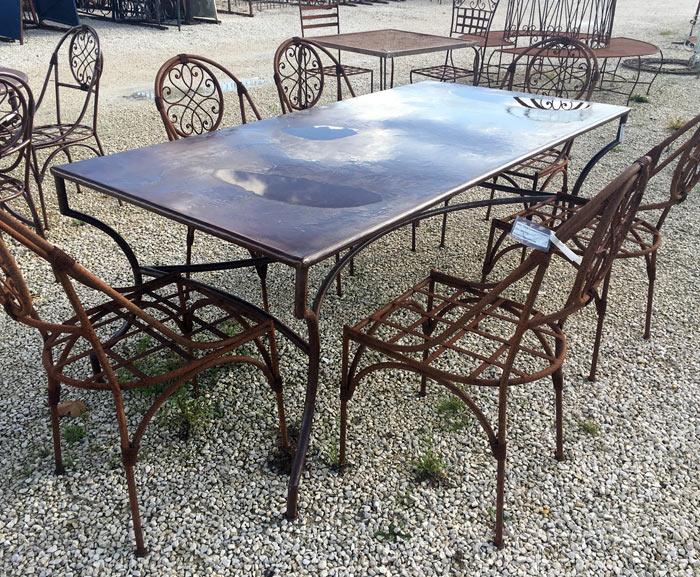 Table tolée